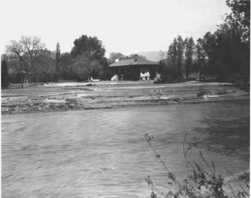 Monument Valley Park, Old North End, after the flood, 1935